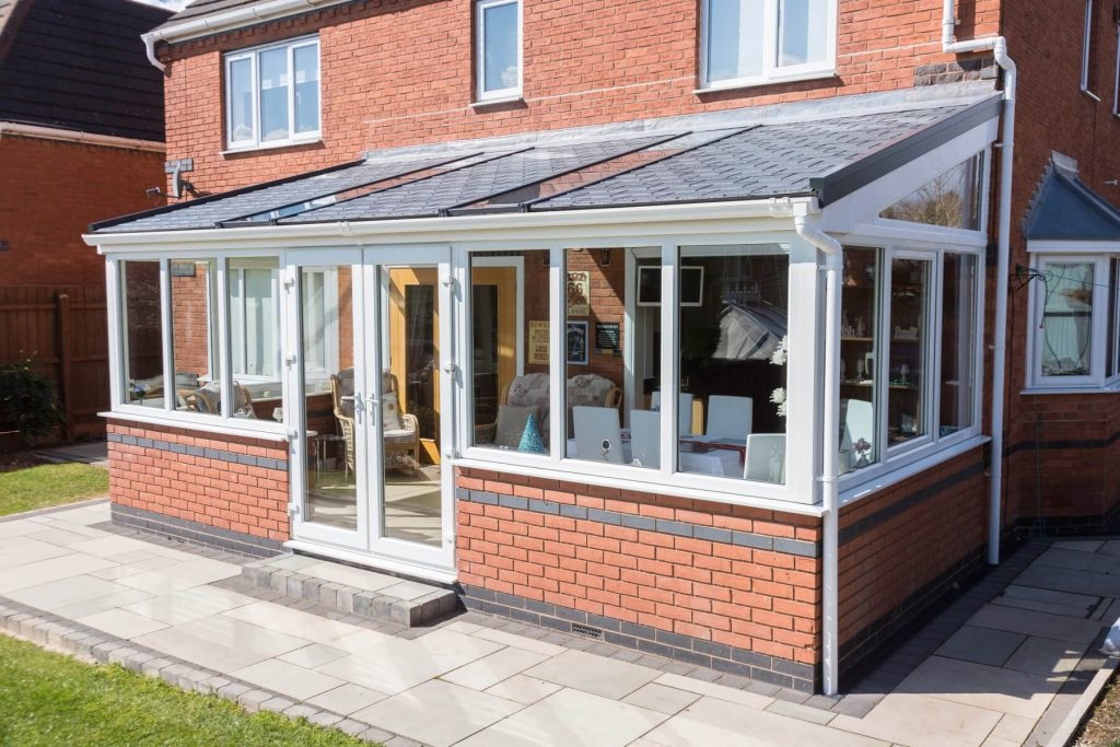 Lean to tiled roof conservatory